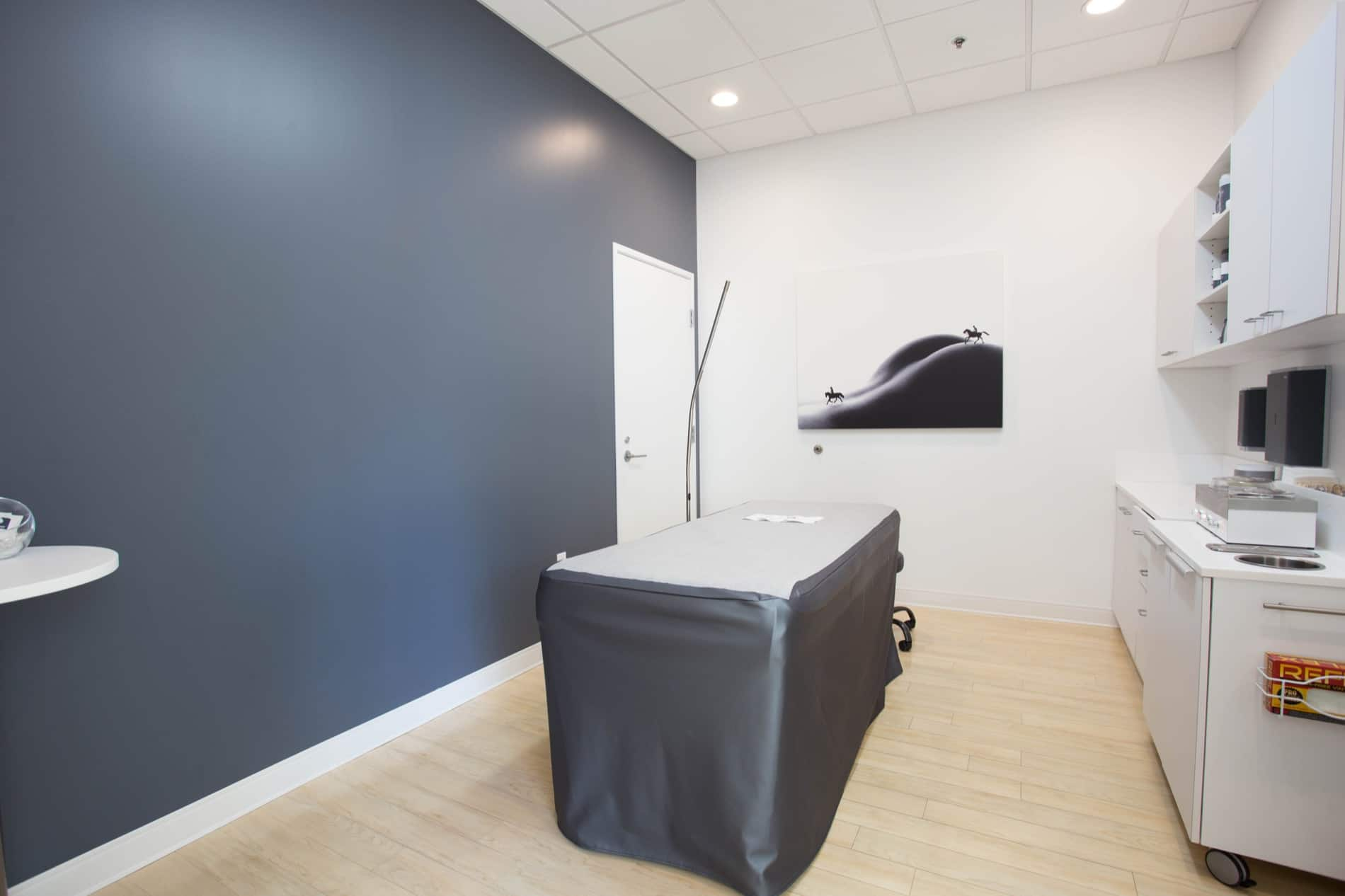Lunch Box A Waxing Salon Norwest Contractors