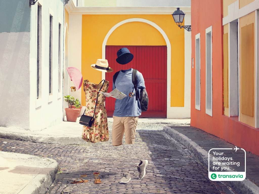 Transavia - Waiting Weekend Tourist