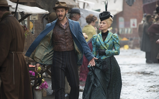 Programme Name: Ripper Street - TX: n/a - Episode: n/a (No. 3) - Picture Shows: Homer Jackson (ADAM ROTHENBERG), Long Susan (MYANNA BURING) - (C) Tiger Aspect 2014 - Photographer: Bernard Walsh