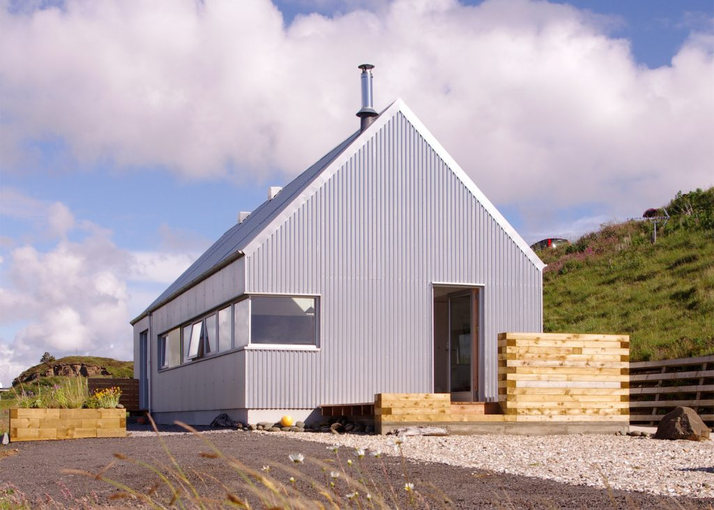Structural Design Of Roof Garden The Tinhouse Is A Holiday Home On The Scottish Island