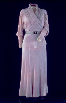 Dress worn in 1933 by Eleanor Roosevelt to her husband's first swearing-in. (National Museum of American History)