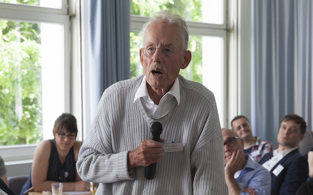 Former attorney general Manfred Bruns' contributions, informed by his legal expertise and his personal experience, were some of the highlights of the conference. (Photo by Ute Weller, AusZeiten Feminist Archives Bochum.)