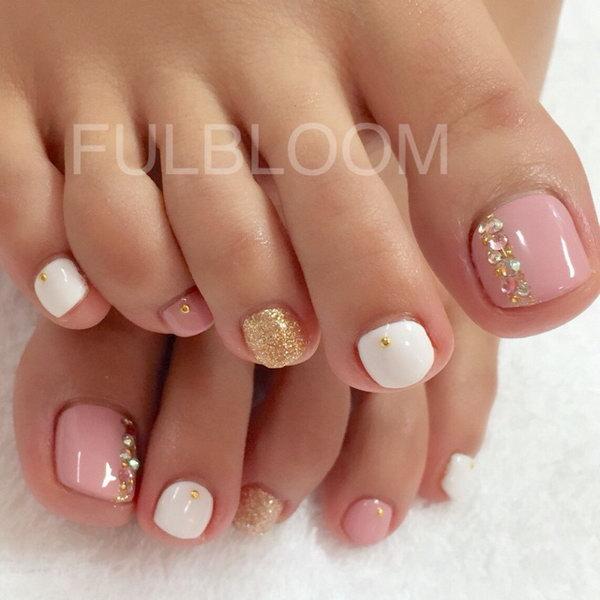 60 Cute  Pretty Toe Nail Art Designs - Noted List