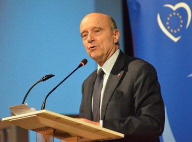 Alain Juppé, meeting in Branges, January 2015.