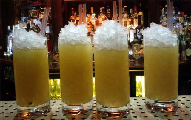Cóctel con ginebra Nº3: Tres pasiones