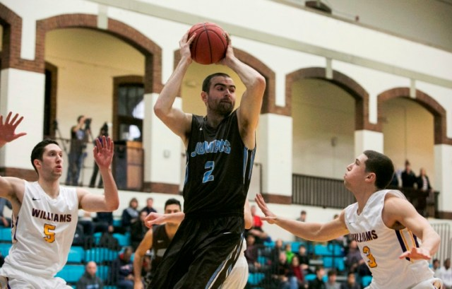 Tom Palleschi's return to the court was huge for the Jumbos. (Courtesy of Tufts Athletics)