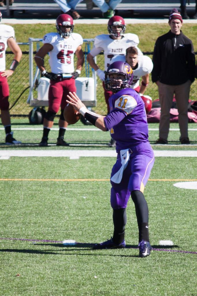QB Austin Lommen '16 carried the Ephs' offense on his right shoulder on Saturday. (Courtesy of Williams Athletics)