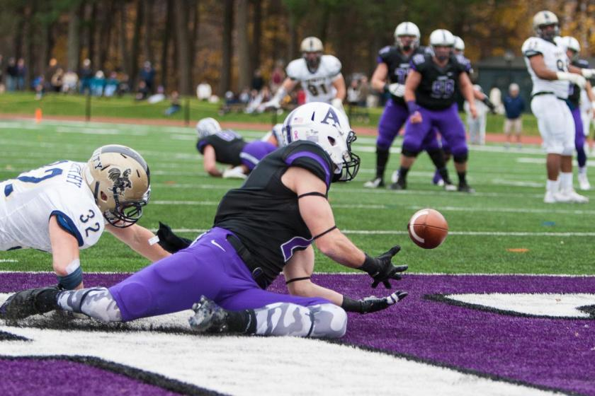 WR Jackson McGonagle '16 incredibly hauled in this twisting grab to help dispatch the Bantams. (Courtesy of Amherst Athletics)