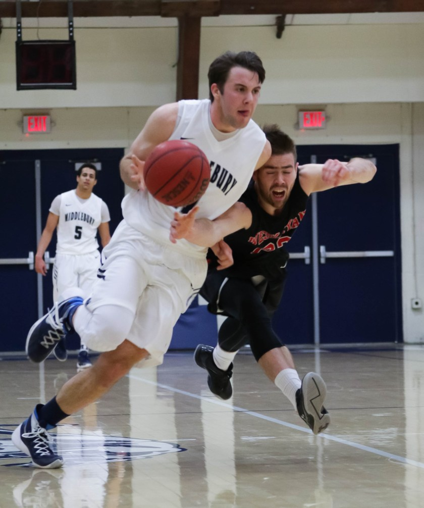 Matt St. Amour '17 lead Middlebury with 19.5 ppg this season, second-most in the NESCAC. (Courtesy of Michael Borenstein/Middlebury Campus)