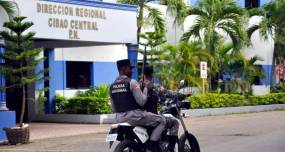 Tres policías arrestados por muerte joven ensanche Libertad