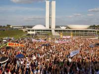 Saiba como foi o protesto e manifestação contra a PLC 122 organizada pelo Pastor Silas Malafaia em Brasília