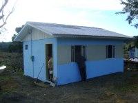 Associação evangélica mobiliza comunidade para construir casas para os mais necessitados