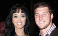 Pastores pais de Katy Perry apostam em um relacionamento da cantora com o astro cristão do futebol americano Tim Tebow