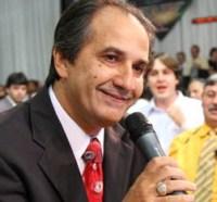 """Pastor Silas Malafaia comenta denúncias feitas no Domingo Espetacular contra Valdemiro Santiago: """"É o sujo falando do mal lavado"""""""