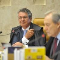 """Ministro Marco Aurélio Mello justificou voto a favor do aborto de anencéfalos afirmando que """"dogmas de fé não podem influenciar decisões do Estado"""""""