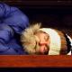 Igreja abre as portas para moradores de rua dormirem durante o dia e oferece roupas e cortes de cabelo
