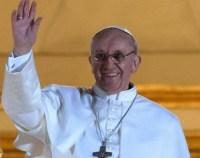 Ativistas gays criticam escolha do papa Francisco I, um forte opositor ao casamento gay