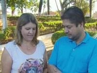 """Casal em crise leva golpe de R$ 65 mil de """"benzedeira"""" que prometia resolver problemas em nome de Deus"""