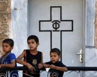 Cristãos protegem palestinos dentro de igreja na Faixa de Gaza