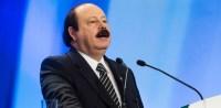 """No debate da Record, Levy Fidelix afirma que """"dois iguais não fazem filhos""""; Pastor Silas Malafaia comenta: """"Verdade absoluta""""; Assista"""