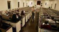 Redes sociais esvaziam igrejas e espalham heresias, dizem pesquisadores e teólogos