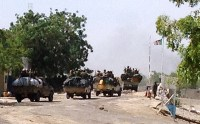 Agora em Camarões, Boko Haram incendeia igrejas e decapita dezenas de cristãos