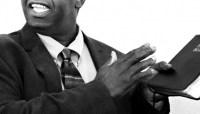 Projeto pretende estipular o que padres e pastores podem ou não fazer no exercício do ministério