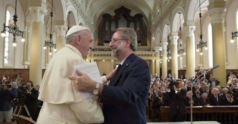 Papa Francisco pede perdão a evangélicos por séculos de perseguição em nome de Deus