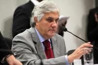 Líder do governo Dilma no Senado é preso por tentar atrapalhar investigações da Lava-Jato