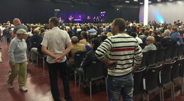 Evangelista prega Jesus Cristo em Israel e mais de mil judeus se convertem ao Evangelho