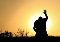 Medite com cinco novos vídeos da Bíblia Sagrada Online no Youtube