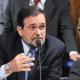 Senador evangélico se licenciou do mandato para não votar no impeachment; Malafaia protestou