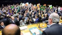Impeachment contra Dilma é aceito pela Câmara