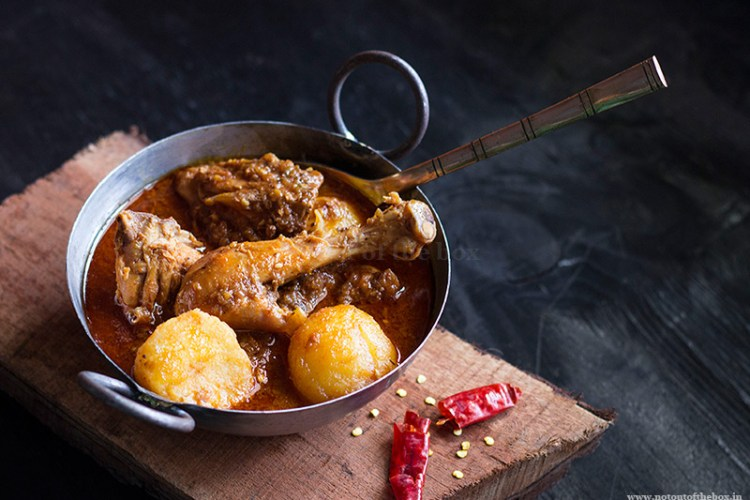 Murgir Jhol/Bengali Chicken Curry