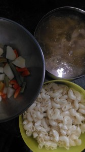 Boiled veggies, Boiled chicken with stock  and boiled macaroni