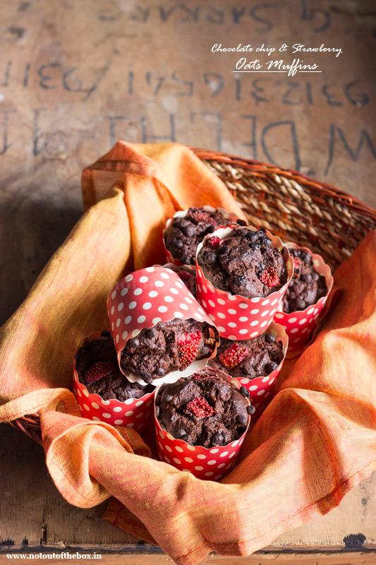 Eggless Chocolate chip & Strawberry Oats Muffins