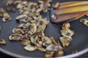 Sautéed mushroom slices