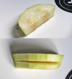 Cut and slit Ash gourd into thisck slices