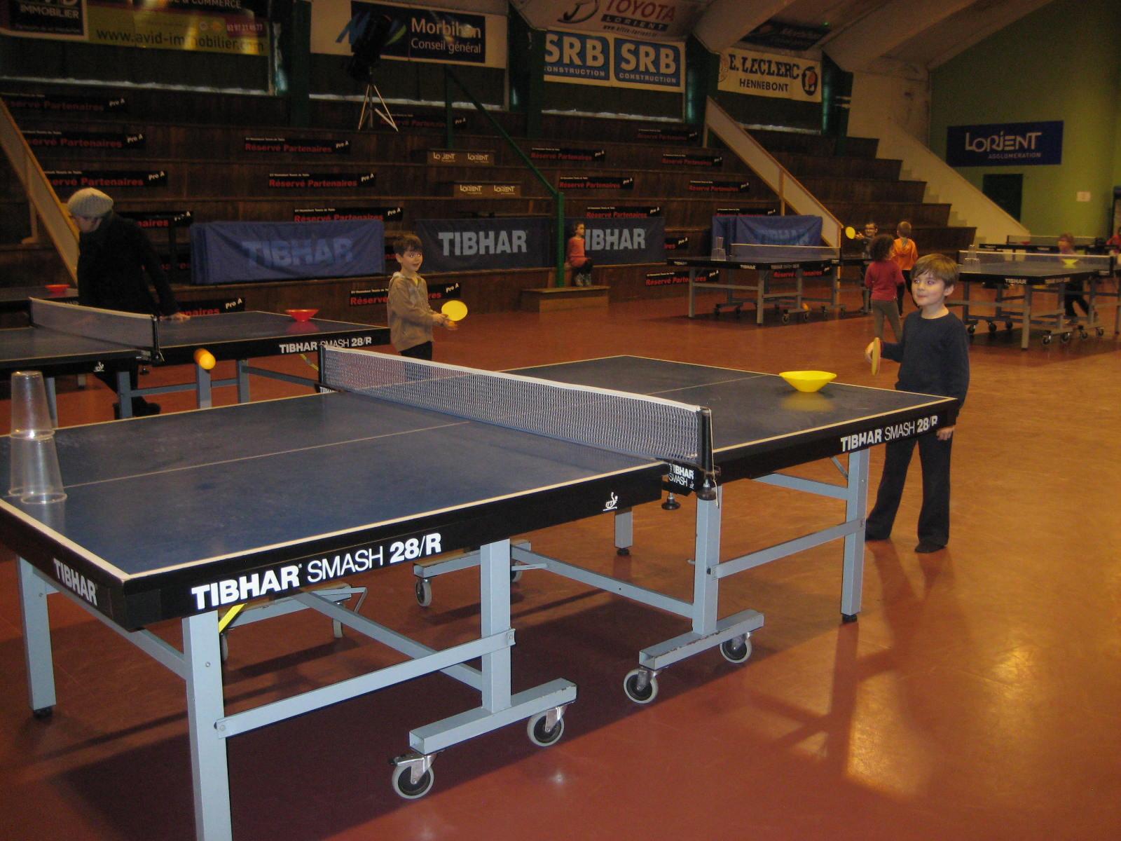 Initiation au tennis de table ecole primaire notre dame - Stage tennis de table hennebont ...