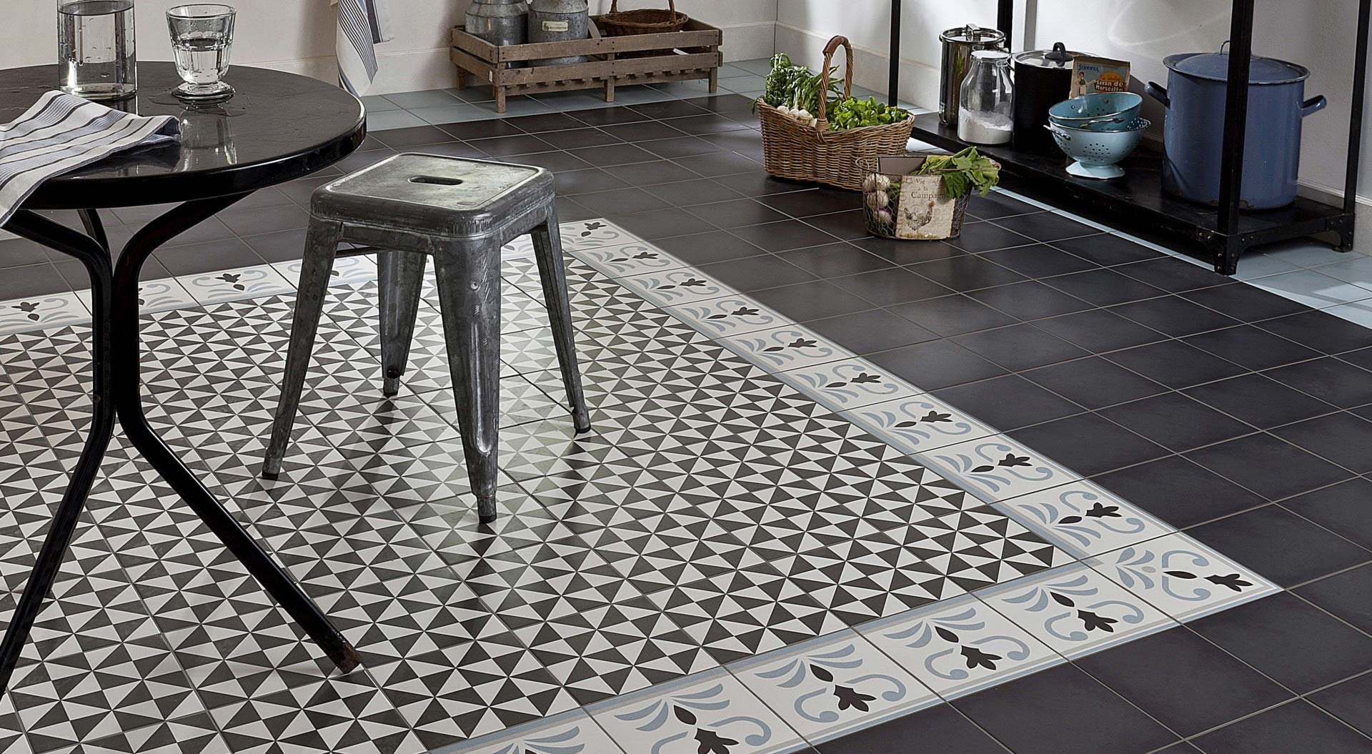 Bhv Tapis Salon Tapis En Carreaux Ciment