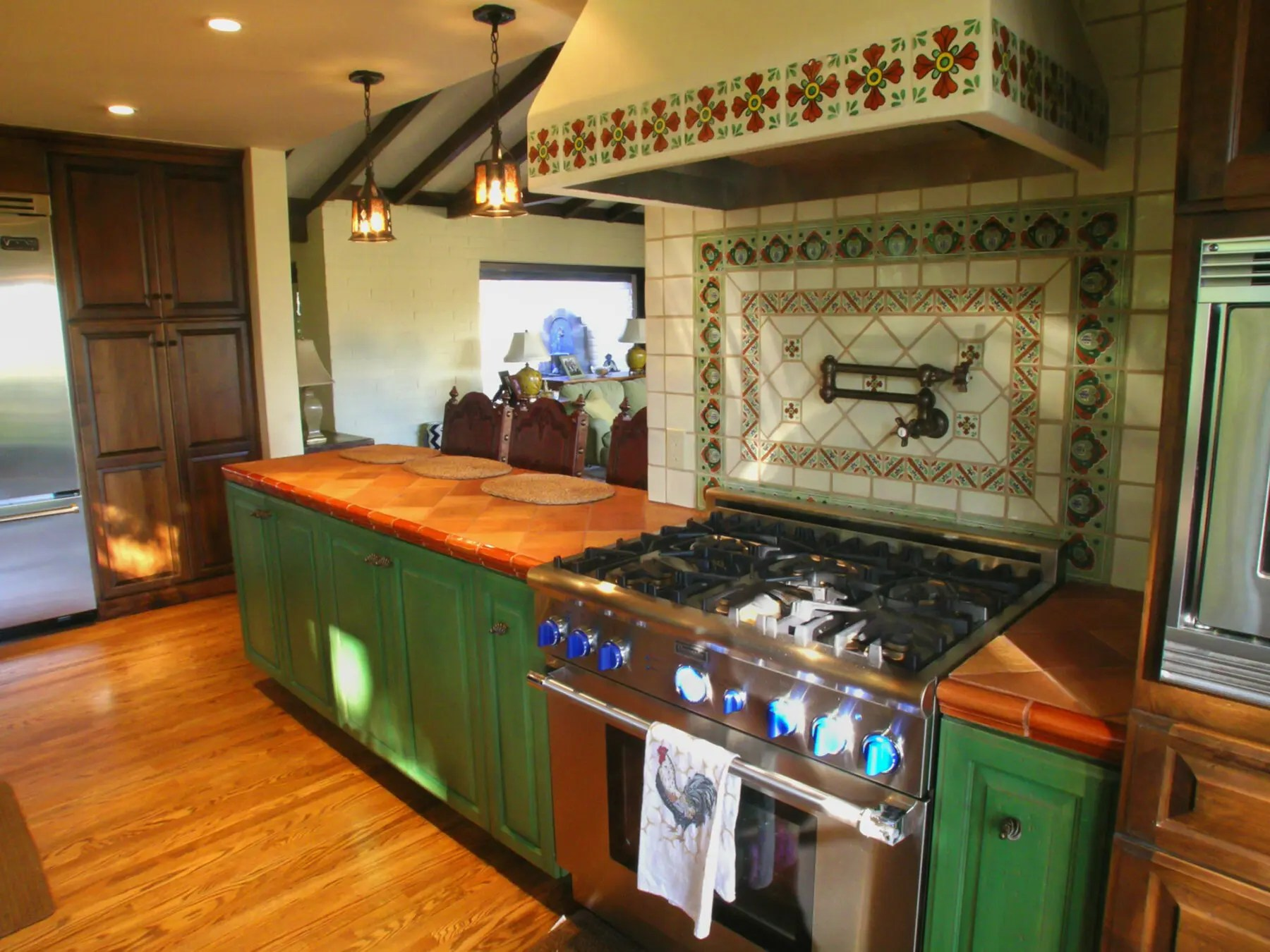 Spanish Tile Countertops Spanish Style Kitchen Remodel With Period Style Tile