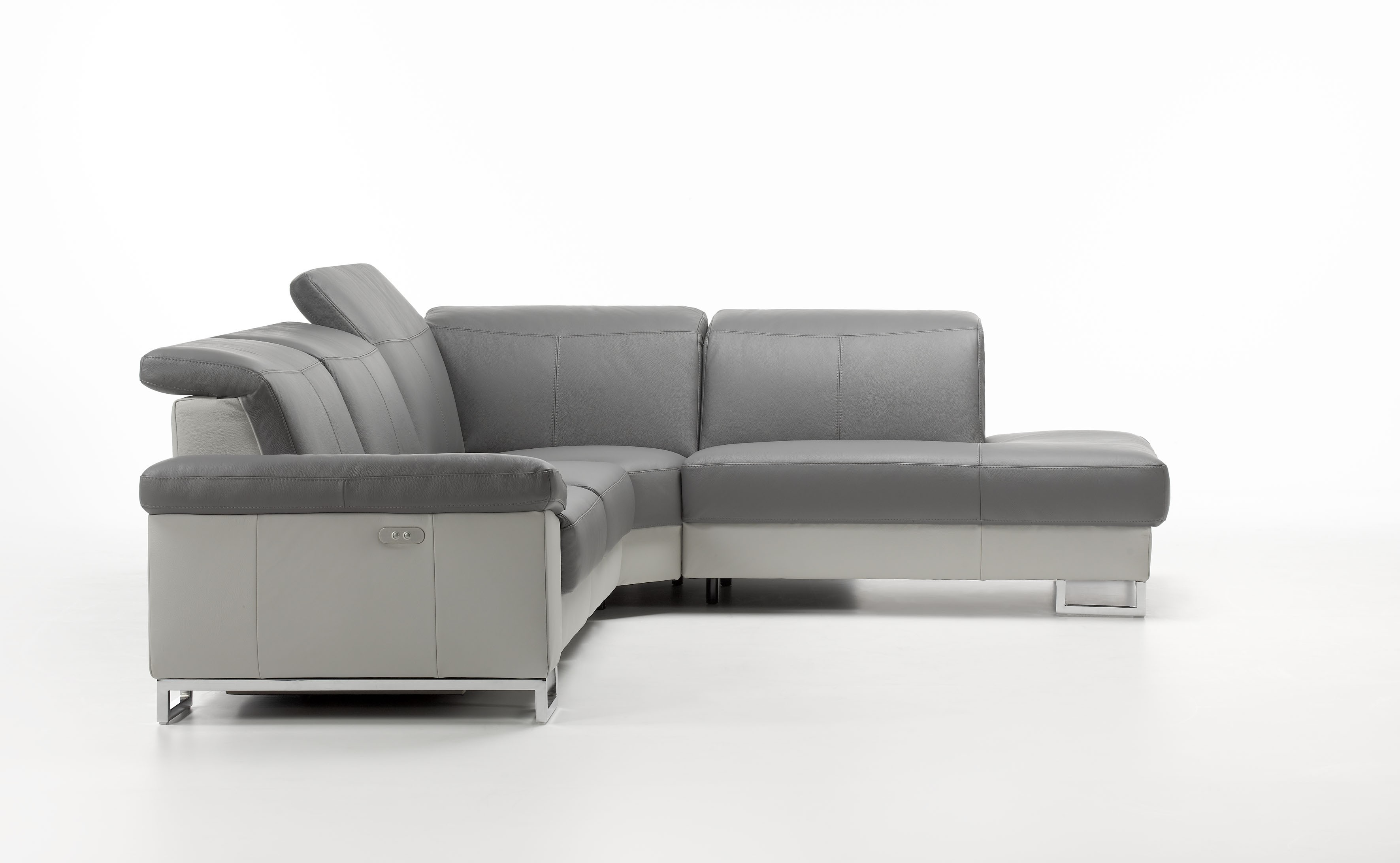 Chaise Aladin Deimos Leather Sectional By Rom Belgium At Nova Interiors