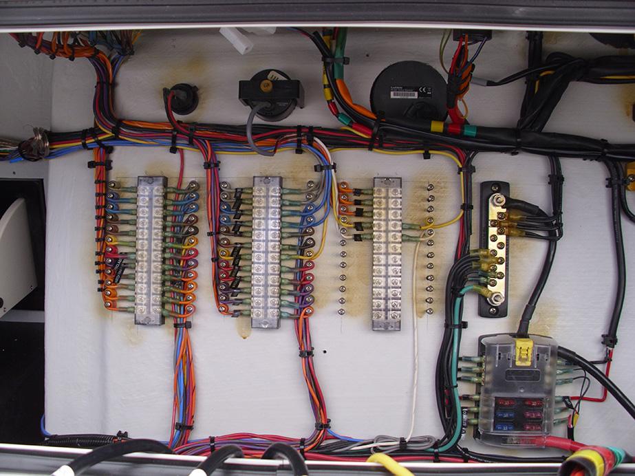 Center Console Boat Wiring Diagram - 2xeghaqqtchrisblacksbioinfo \u2022