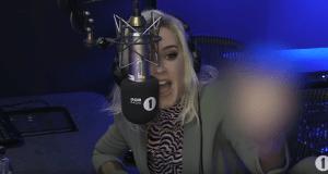 """#NowNews: Katy Perry confronta a Ed Sheeran y le pinta la """"Britney Señal""""(+VIDEO)"""