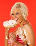 sophie reade is a strawberry pie girl