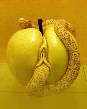 pussy apple with snake