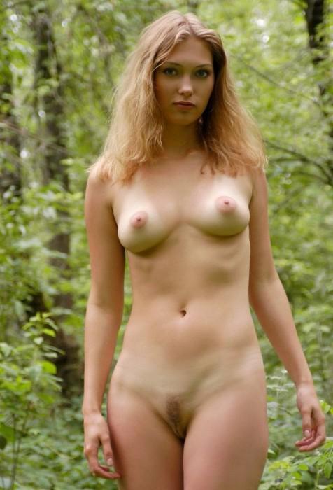 Красивая русская девка голая фото