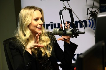 """Kristen Bell at Sirius XM on the """"Mark Says Hi!"""" Show"""