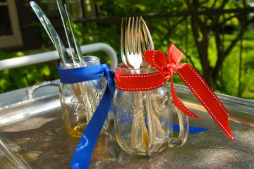 10 Ways To Use A Mason Jar For July 4th