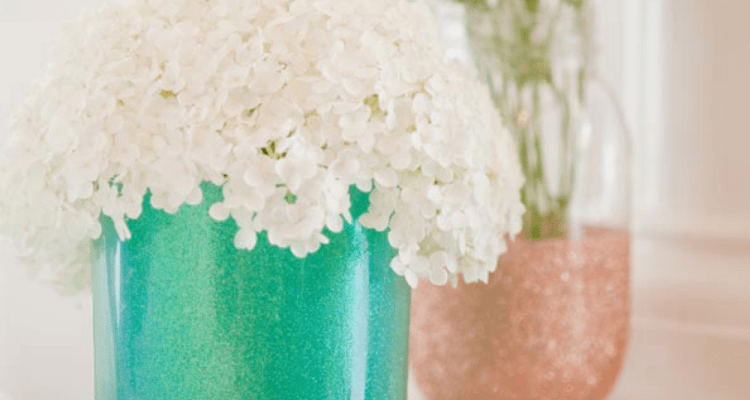 DIY Mother's Day Gift Ideas - glitter vases